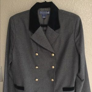 Gray blazer with velvet collar and brass buttons
